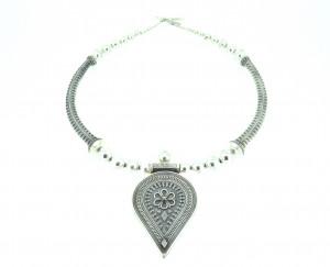 Elegant Rava Necklace
